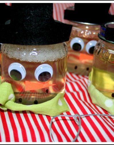 Kids Christmas Craft: Snowman Bubbles