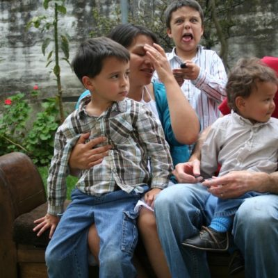 Tips for the Family Photo Chaos