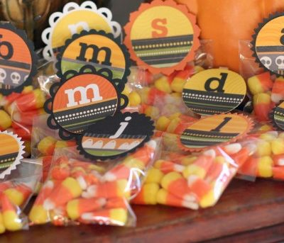 DIY Halloween Treat Toppers