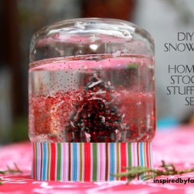 DIY Mini Snow Globe: Homemade Stocking Stuffer Gift