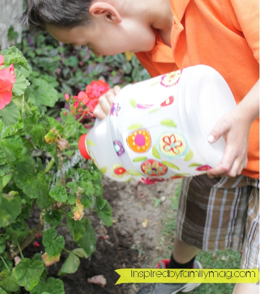 diy watering can from recycled bottle