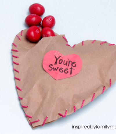 DIY Valentine's Day Treat Favors: Sewn with Love