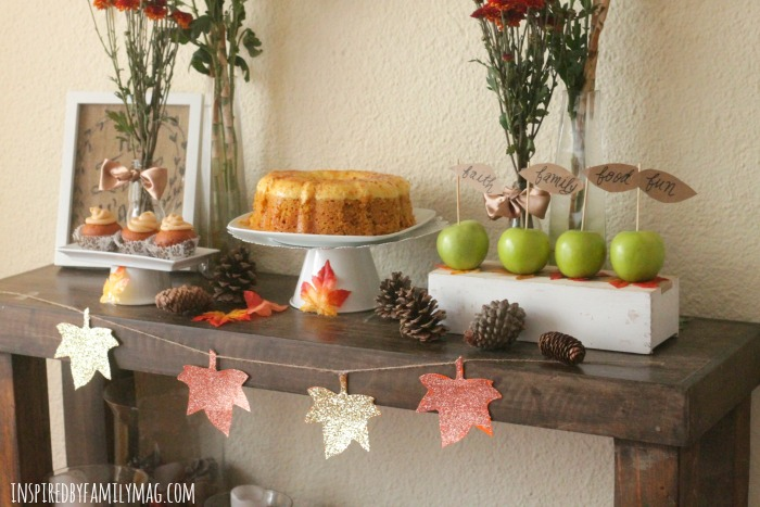 thanksgiving-dessert-table