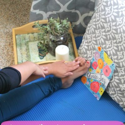 The Benefits of a 10 Minute Yoga Routine for Busy Moms